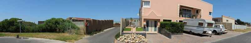 Zeekoevlei – Large 5 bed double Storey R1.65m